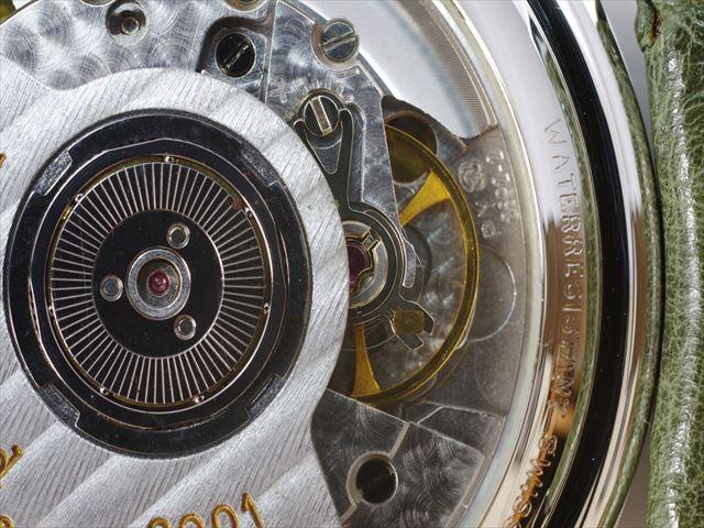 機械式時計は高級時計ほどパーツの数が多い?時計職人の確保が先決